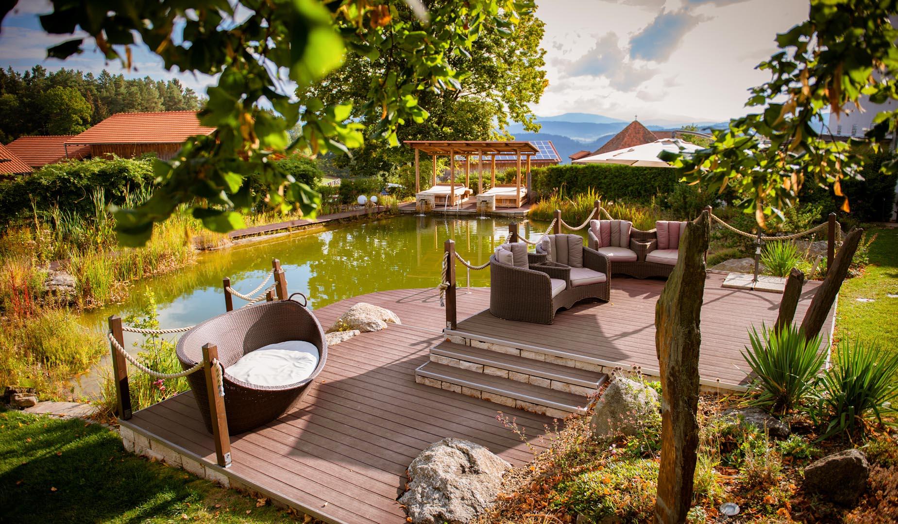 Naturteich wellnesshotel for Naturteich zum schwimmen