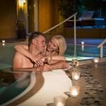 Hallenbad exclusiv für verliebte im 4 Sterne Wellnesshotel Bayerischer Wald