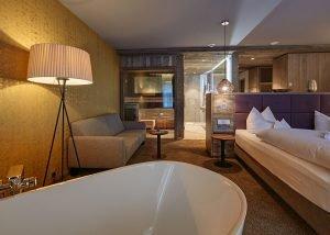 Neues 4 Sterne Wellnesshotel im Bayerischen Wald mit traumhaften Suiten