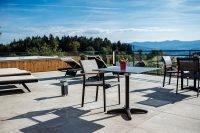 Sonnenterrasse unseres Wellnesshotel mit super Panoramablick