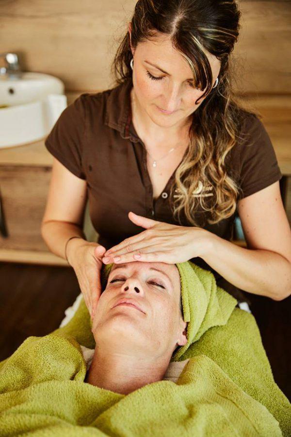 Genießen Sie unsere große Auswahl an Beautyanwendungen und Massagen