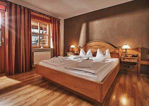 4 Sterne Wellnesshotel im Bayerischen Wald mit romantischen Zimmer für Paare