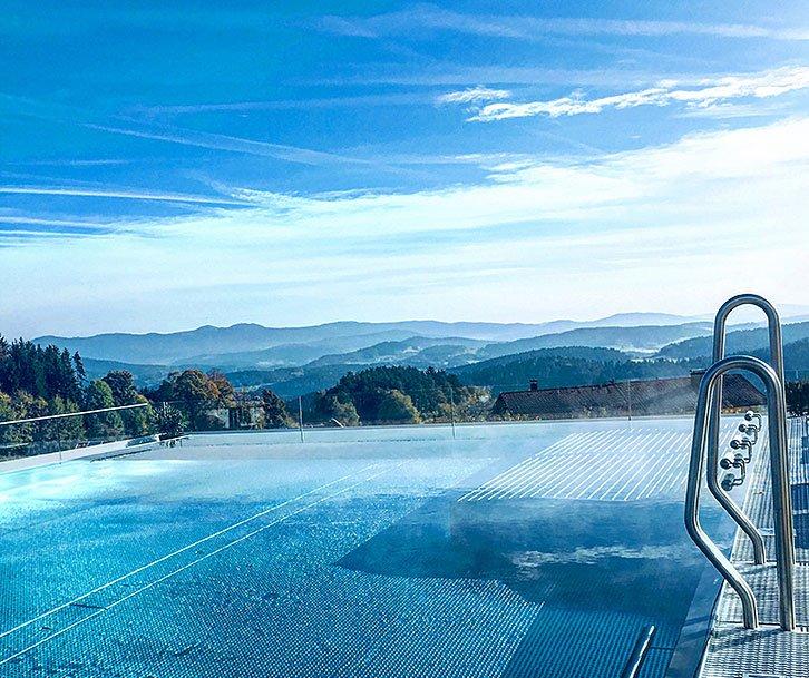 4 Sterne Wellnesshotel mit Aussenpool im Bayerischen Wald
